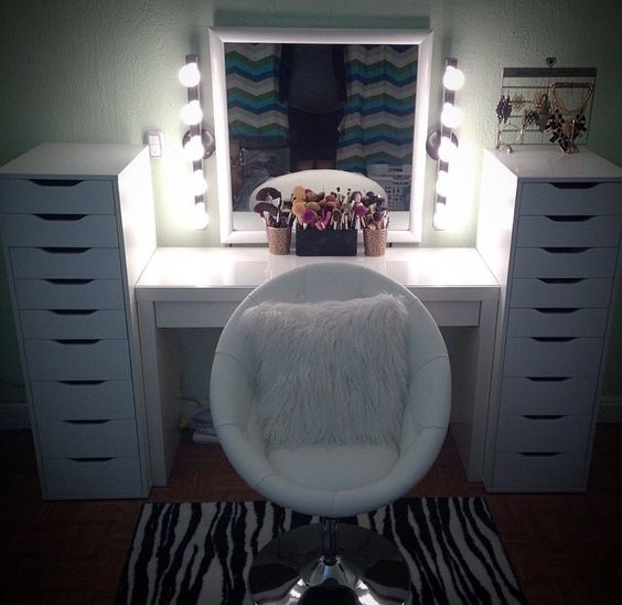 Vanity chair Makeup Collection Pinterest