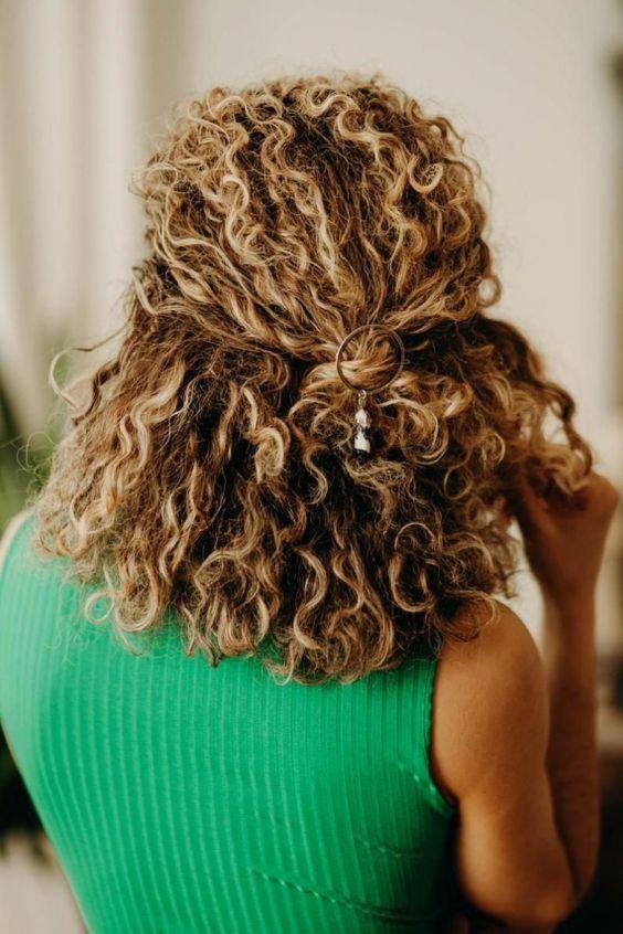 penteados semi preso tendência
