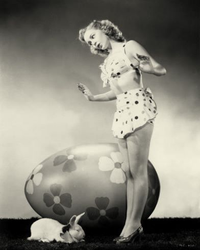 Wendy Barrie Easter. Vintage photo:
