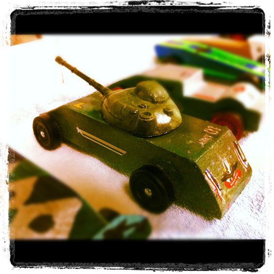 derby derby tank and more pinewood derby derby the top plastic toys ...