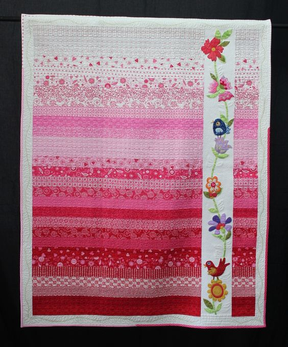 Flowers for Phoebe by Christine Patterson. 2014 Queensland Quilters Guild show (Australia).