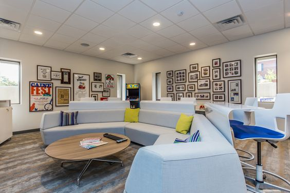 Office Tour Coldwell Banker Caine Greenville Patio Lounge Chairs Corporate Office Design Conference Room Chairs
