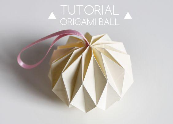 Bolas de Natal em origami