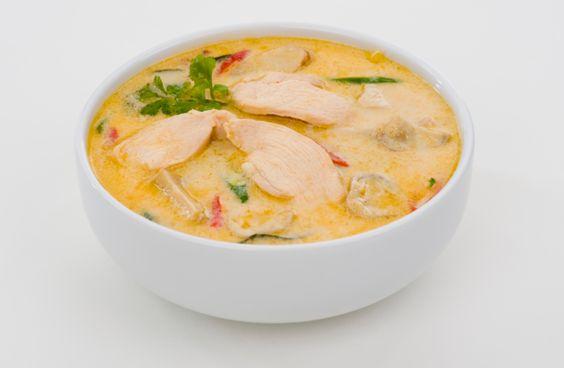 sopa tailandesa de coco y pollo