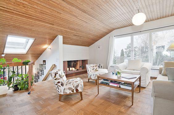 Hus i Älvsjö, Hemnet