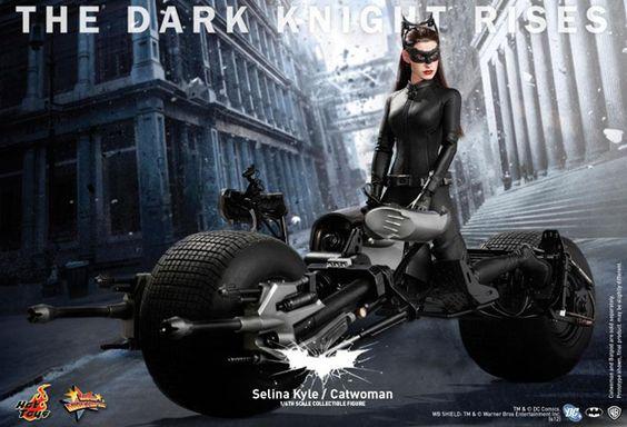 Hot Toys dévoile en images la figurine Selina Kyle/Catwoman de The Dark Knight Rises