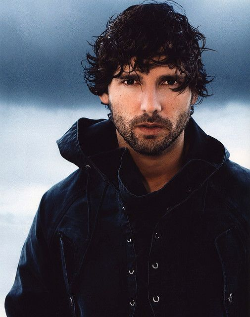 Yah you can time travel right now to my time Eric Bana!!!