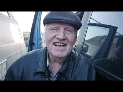 Rodger Is 83 Years Old And Lives In Van Near Seattle Youtube Homeless Life Extreme Frugality