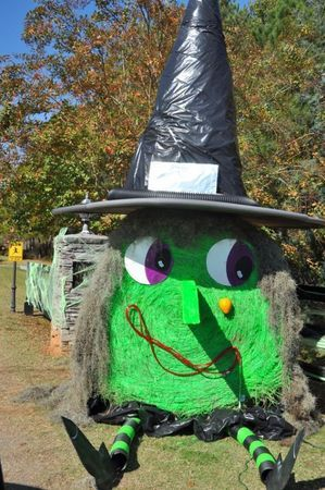 Hay bales transformed into spooky displays for Town of Pike Road's 'Hey, Look At…: