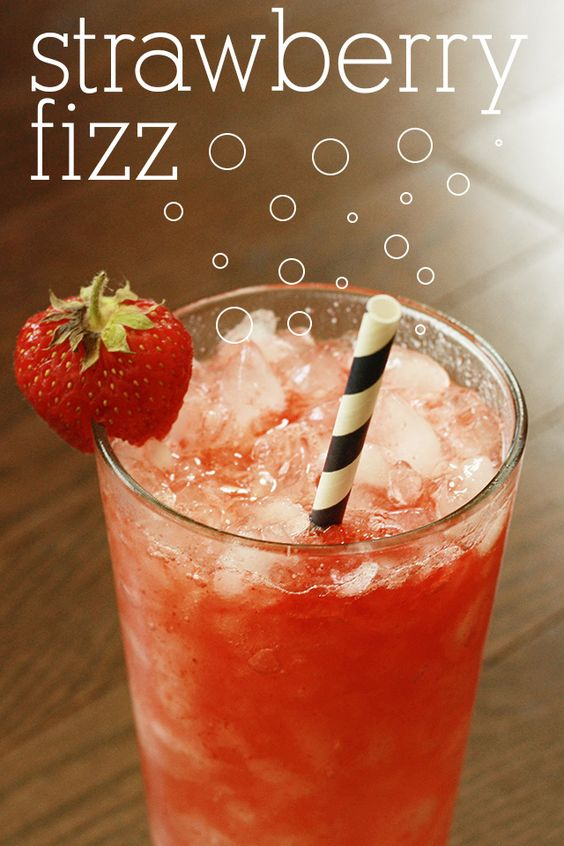 strawberry puree & fizzy drink