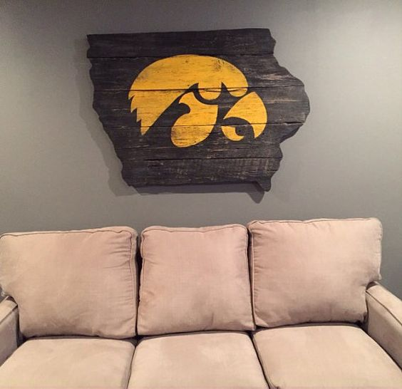 3 39 x 4 39 hawkeye wall art barn wood by thruthebarndoor on for Iowa hawkeye decor