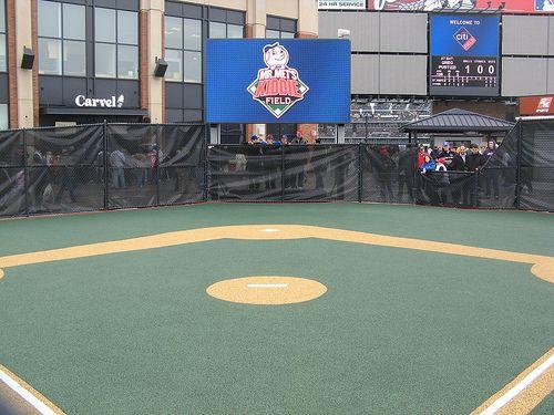 Citifield Wiffle Ball Field Jpg In 2020 Wiffle Ball Wiffle Ball