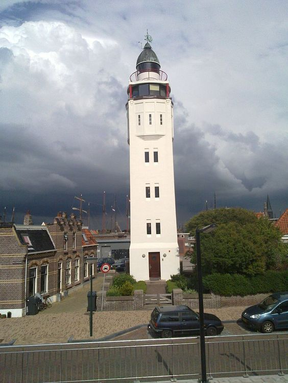 """Calido en lo alto"" - Harlingen Lighthouse - Wikipedia, the free encyclopedia"