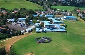 Colegio de educación secundaria en la ciudad de #auckland. Estudia en #glendowiecollege con #xploraeducation . Trabaja con la comunidad que vive en la región y ofrece educación de calidad para asegurar que sus estudiantes desarrollen sus habilidades.
