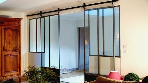 Porte coulissante en métal type atelier  Maison Ré