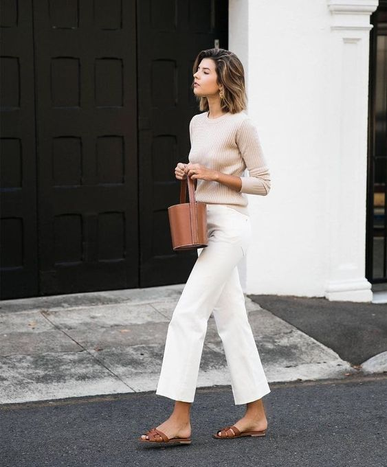 15 Wide-Leg-Jean Outfits We're Copying This Spring #fashion_style_dress
