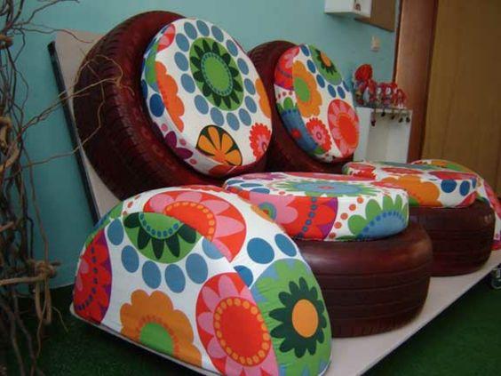 DIY Möbel aus Autoreifen autoreifen recycling klein sofa                                                                                                                                                                                 Mehr