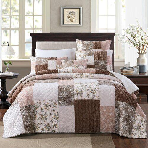 Portis Patchwork Floral Quilt Set Quilt Sets Bed Spreads Floral Quilt