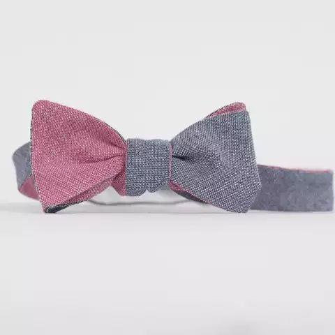 Cordial Churchman Chambry tie
