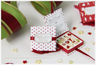 Petit D' Licious: Christmas Cookies Gift box Collection in dollhouse miniature 1/12 scale