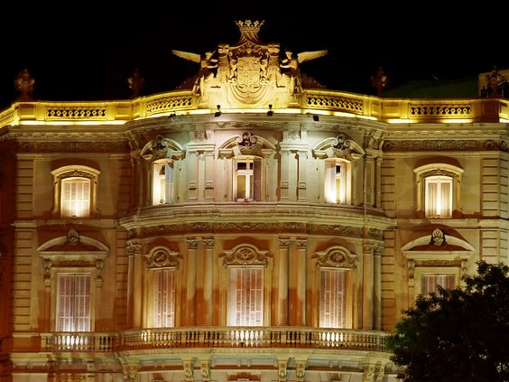 SIGHTS. Palacio De Comunicaciones. This is the grandiose name for Madrid's imposing Correos (Post Office) building, which was completed at the end of World War I by Antonio Palacios and Joaqun Otamendi. An extravagant wedding cake lookalike that gleams cream-ochre above the Pl