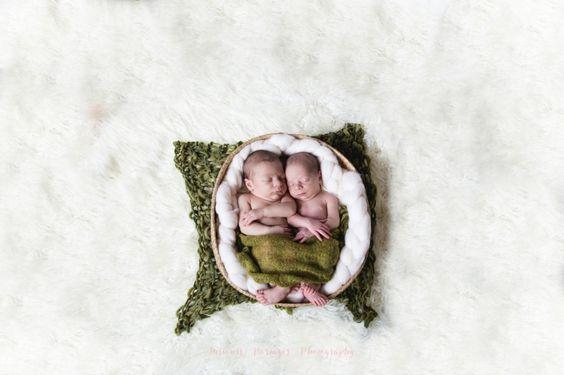 photographe bébé nouveaux nés jumeaux Marcheprime et bassin arcachon