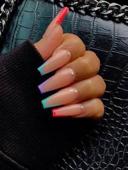 9 Stunning Modern French Manicure Ideas Stylish Belles Pretty Acrylic Nails Best Acrylic Nails Colored Nail Tips