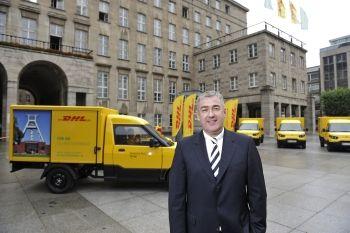 Deutsche Post stellt Pakete in Bochum elektrisch zu - http://www.logistik-express.com/deutsche-post-stellt-pakete-in-bochum-elektrisch-zu/