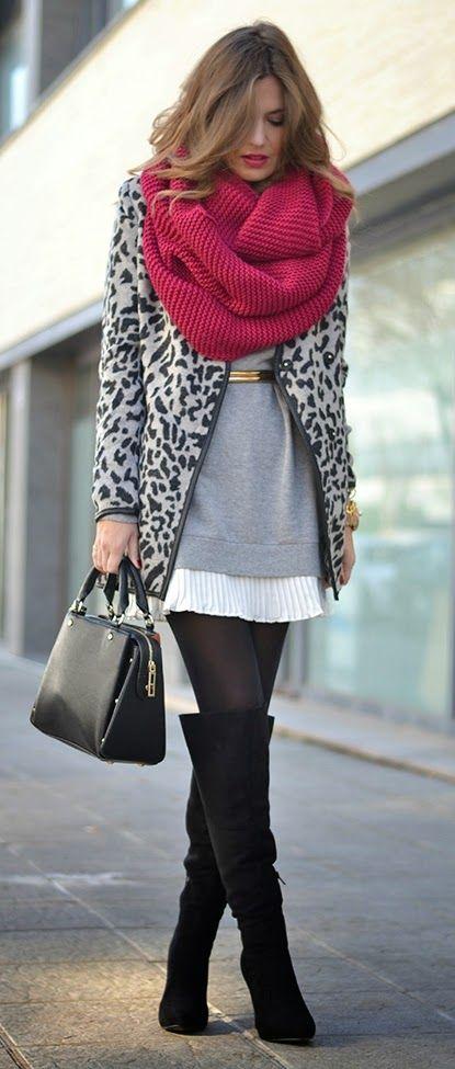 Inspiração cores: Vestido branco + tricot cinza + meia Preta + otk + cachecol