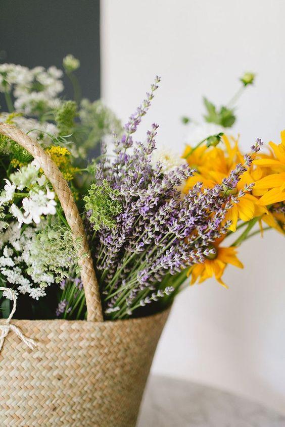 DIY // a wildflower arrangement straight from the market