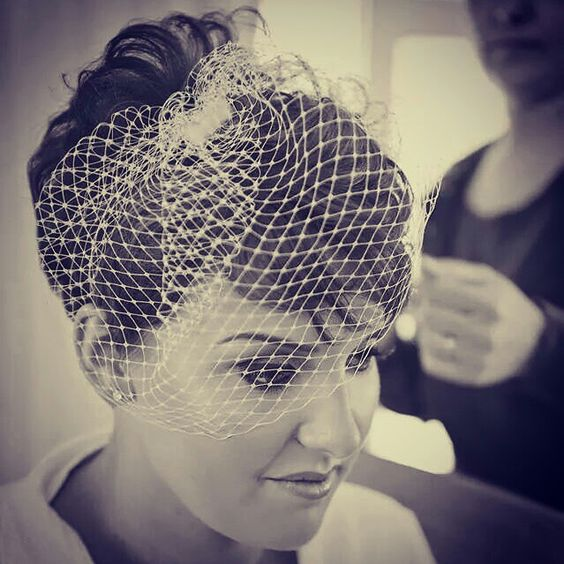 Pixie wedding hair. Birdcage