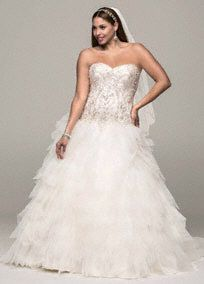 David's Bridal Collection Strapless Tulle Ball Gown with Ruffled Skirt, Style 9V3665 #davidsbridal #weddingdresses #blacktiewedding #formalwedding