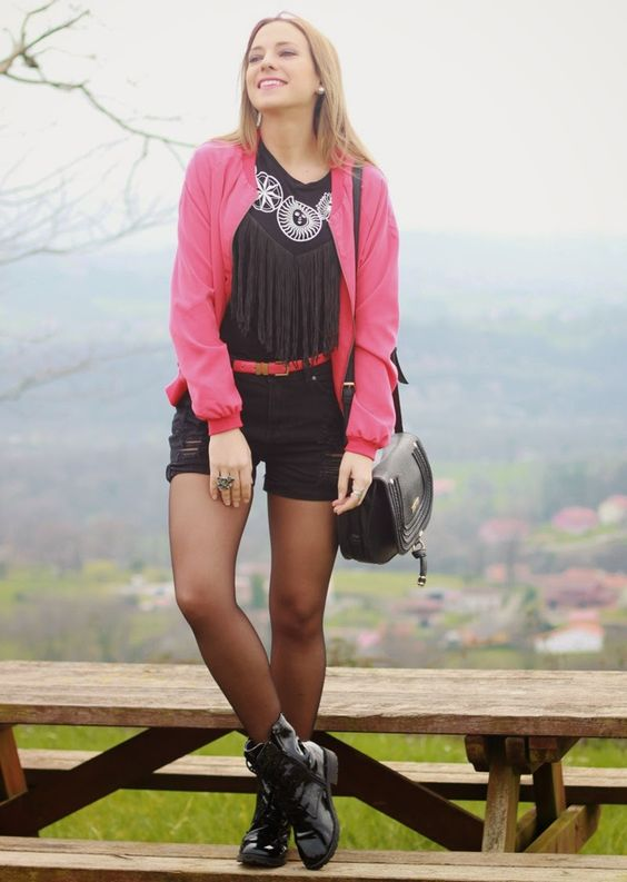 Ethnic Rock look | Looks and shoes