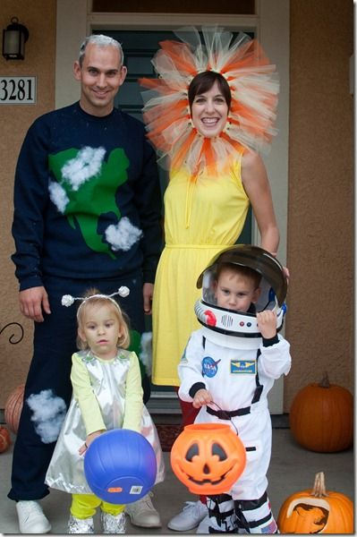 Outer space costumes for the family halloween for Outer space outfit