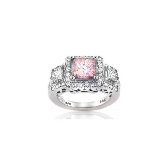 Pink Diamond Rings ❤ liked on Polyvore