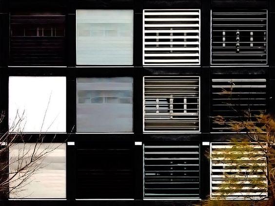 Detalle de fachada | Edificio Universitario de la Universitat de València