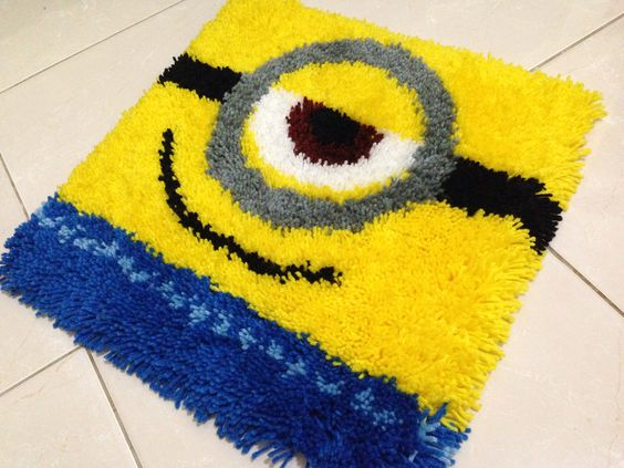 Minion rug by @Jessica Cunningham Haryanto :) cute cuteee