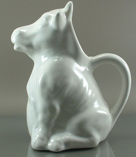 Vintage WHITE COW Milk PITCHER Creamer Bull Flower Planter Moo Home Alone Movie Table Decor