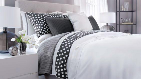 Comment aménager sa chambre pour bien dormir ? Conseils par ici: http://www.femmes-en-revue.com/comment-amenager-sa-chambre-pour-bien-dormir/