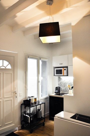 cuisine studios and paris on pinterest. Black Bedroom Furniture Sets. Home Design Ideas