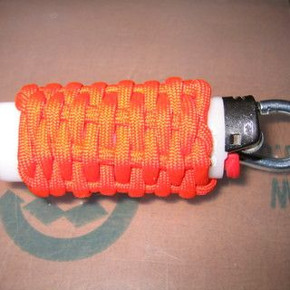 How to make a weaved paracord lighter holder bags wraps for How to make a paracord bag