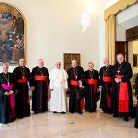 Quiere el papa Francisco reformar 'radicalmente' el Vaticano