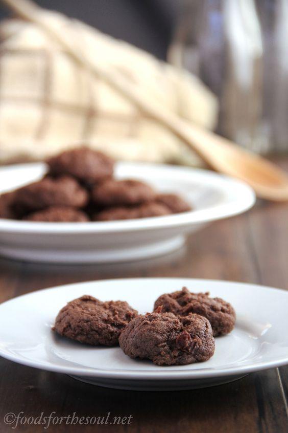 fudgy chocolate cherry cookies: Chocolates, Amy S Healthy, Cookies Bars, Fudgy Chocolate, Cookies Recipes, Chocolate Cherry Cookies, Healthy Baking, Cherries