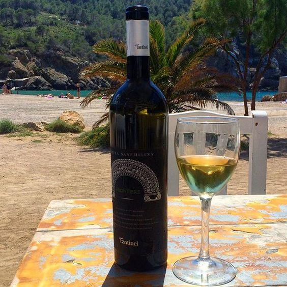 Are you ready for #summer2016? #Fantinel #Ibiza #Fantinel #Frontiere #season #ibiza #islasbaleares #spain #whitewine #friulano #pinotbianco #chardonnay #beachlife #elements #beachbar #italianwine #ibizastyle #ibiza2016