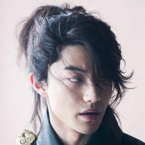 45 Provocative Long Hairstyles For Men Who Get It Pinokyo In 2020 Lange Haare Manner Lange Haare Pferdeschwanz Frisuren Langhaar