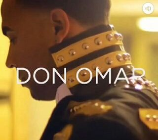 Don Omar Wearing Lisa Thon