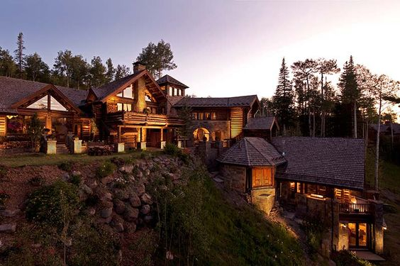 Castlewood Manor In The Rocky Mountains Of Telluride Colorado Rustic House Colorado Homes Rustic Home Design