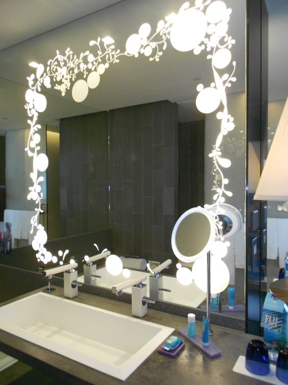 makeup mirror with lights is good alternative for makeup application since it can provide many source of illumination to get best looking of makeup bathroom makeup lighting