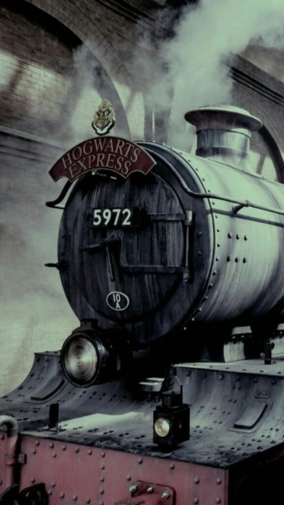 Hogwarts Express Harrypotterfacts Harry Potter Background Harry Potter Tumblr Harry Potter Wallpaper