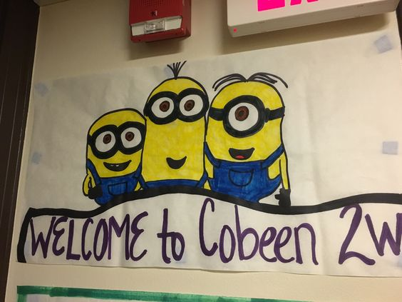 Welcome minion sign